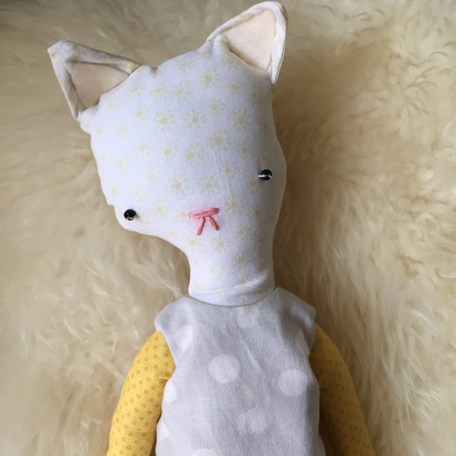Daisy | Bashful Creations | Catpig